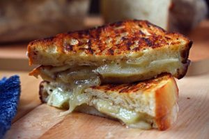 recipe-grilled-cheese-with-apples